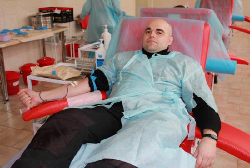 23473065_513404902350254_695209226070995749_n Сотрудники Одесской областной полиции сдали кровь для тяжело раненых военнослужащих из АТО