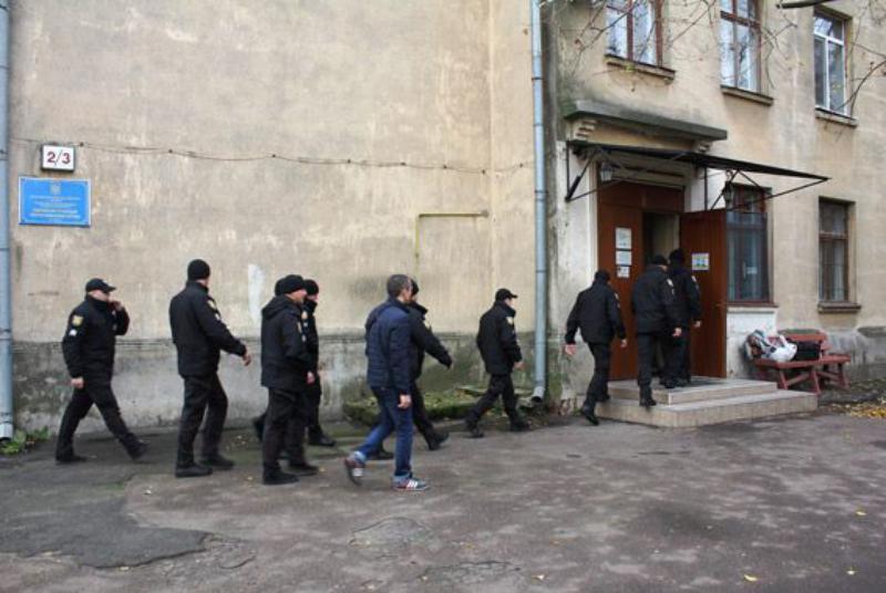 23517852_513405295683548_5694109736210225665_n Сотрудники Одесской областной полиции сдали кровь для тяжело раненых военнослужащих из АТО