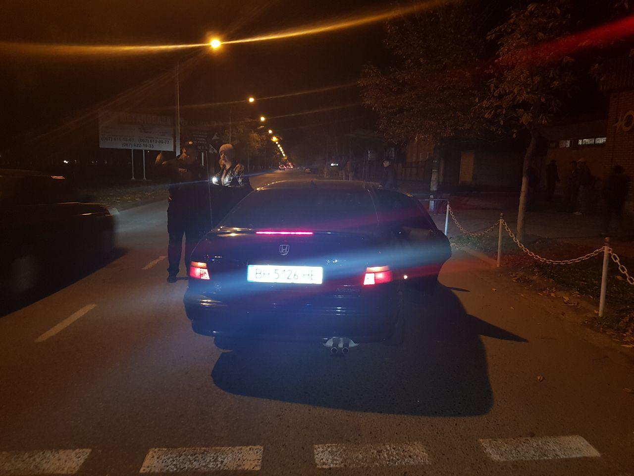 34623626 ДТП в Измаиле: на проспекте Суворова Mazda легла на крышу