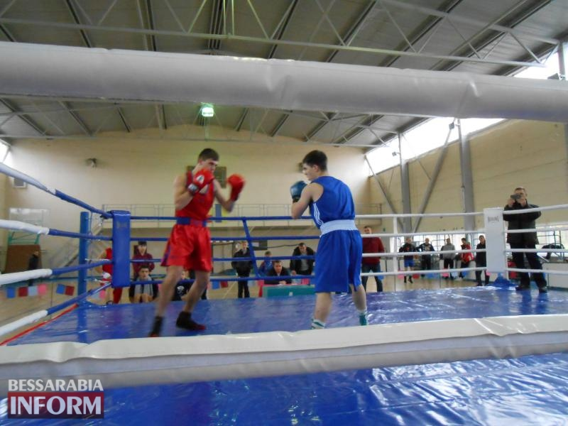 В Измаиле вручили награды победителям 19-го международного турнира по боксу памяти Александра Суворова
