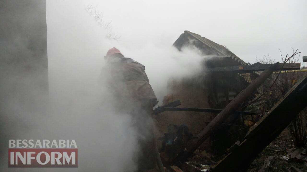 5a1d6a8c3a46c_347546856 Масштабный пожар оставил измаильскую пенсионерку накануне зимы без крыши над головой