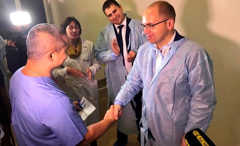 9ab8e3ad-2ed0-4414-9c2a-38c7a7f593e1 В Саратском районе модернизировали амбулаторию - ее открывал сам губернатор
