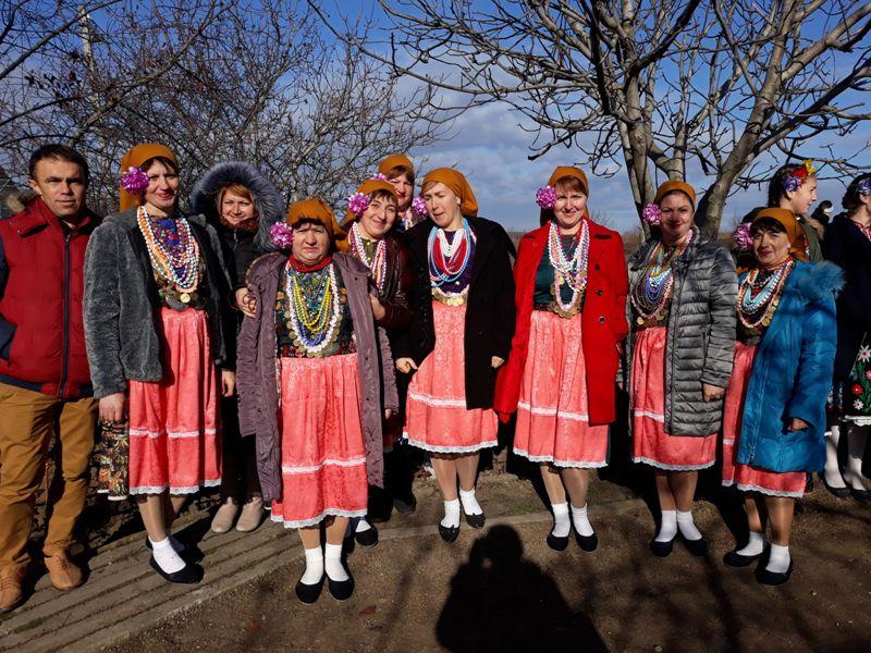 imgonline-com-ua-Compressed-6dQ6tK0IQf Начало новой жизни: в селе Тарутинского района запуск газа встречали аплодисментами и плясками