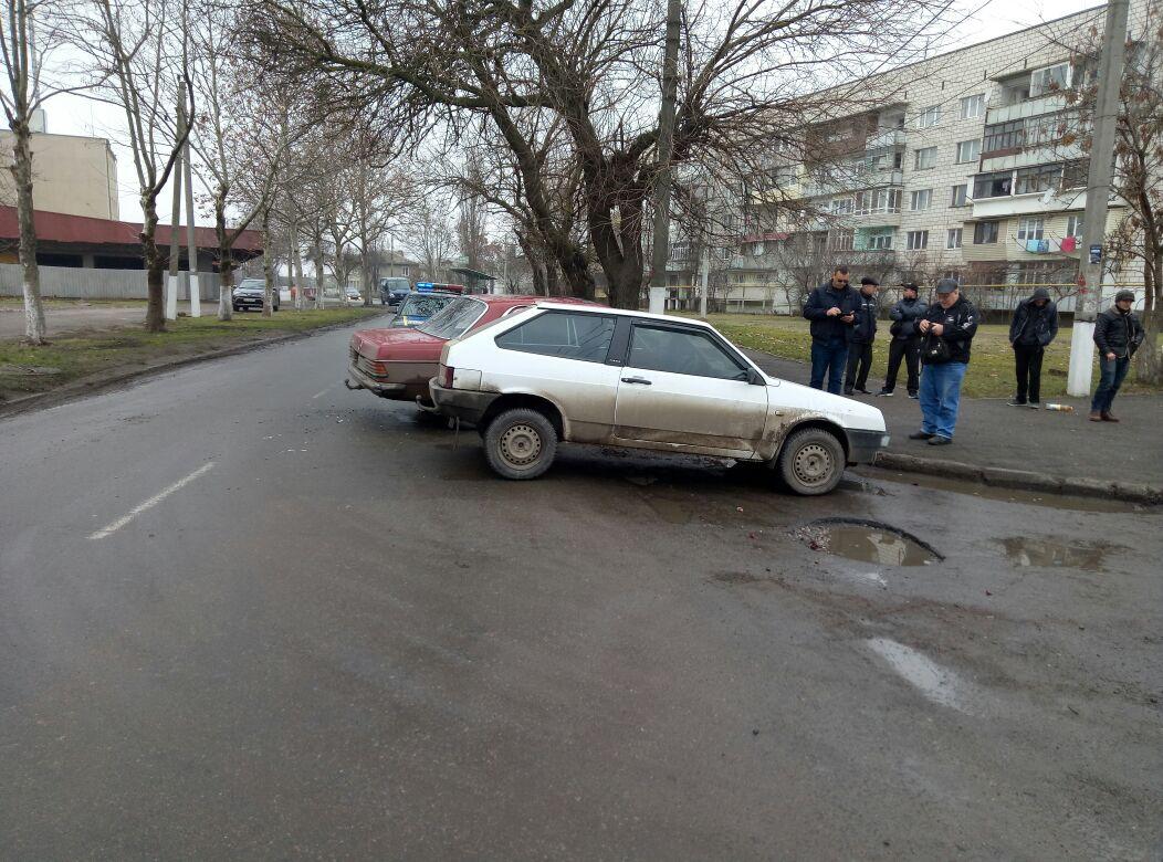 В Измаиле Mercedes, выполняя обгон, протаранил ВАЗ