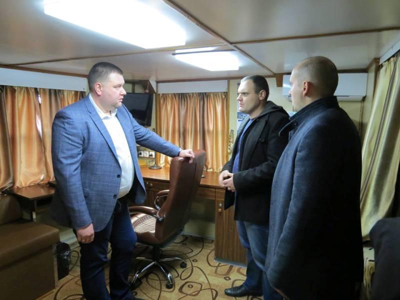 24131238_740545119468435_2215998785253016267_n Новый руководитель УДП Дмитрий Чалый активно знакомится с состоянием дел компании