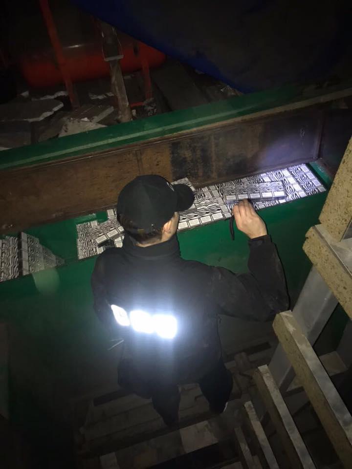 24796555_1957797664476756_9193057952118769813_n СБУ и пограничники изъяли в Рени контрабандные сигареты на сумму более 1 млн. гривен