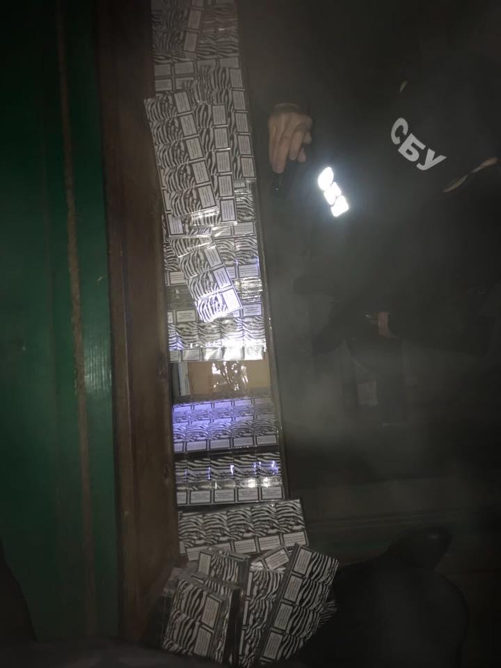 24862530_1957797684476754_371990658716040512_n СБУ и пограничники изъяли в Рени контрабандные сигареты на сумму более 1 млн. гривен
