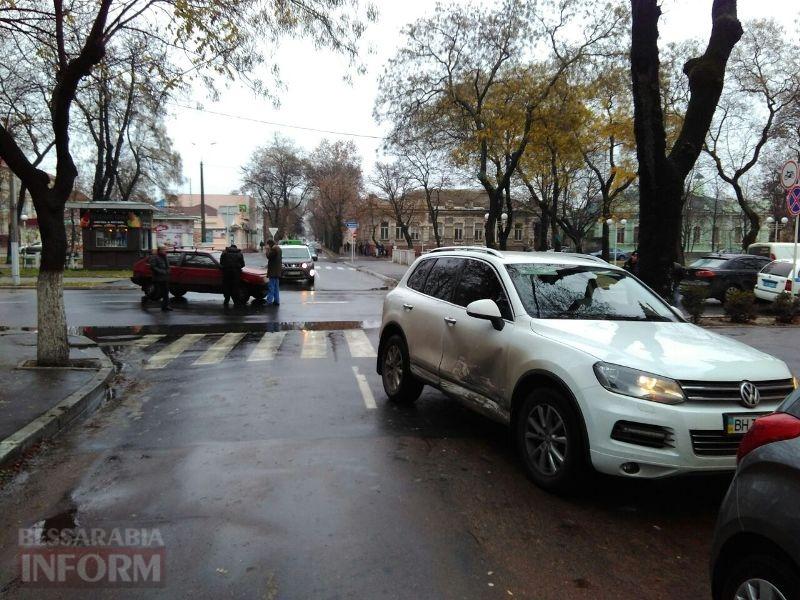 5a23fa371c742_a Воскресная суета: на проспекте Суворова в Измаиле за два часа произошло сразу две аварии