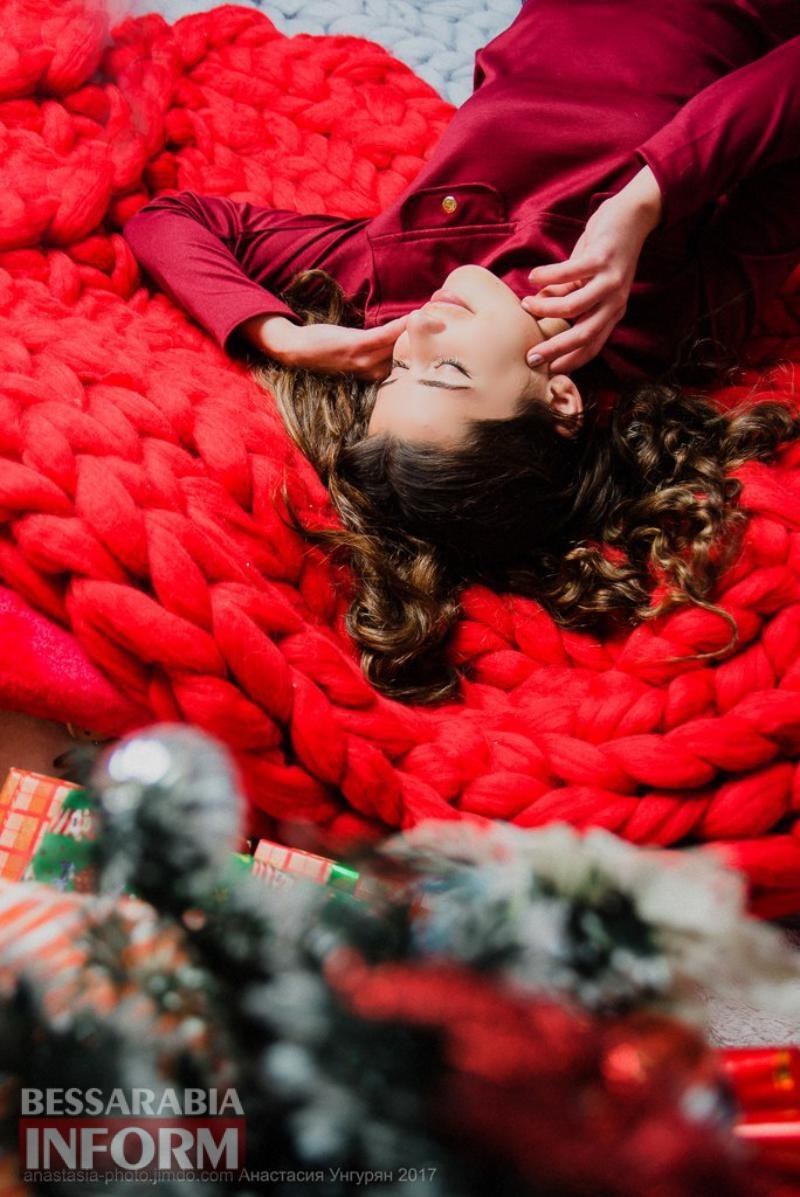 Застывшая память о зимней сказке: популярный тренд Измаила — новогодние фотосессии