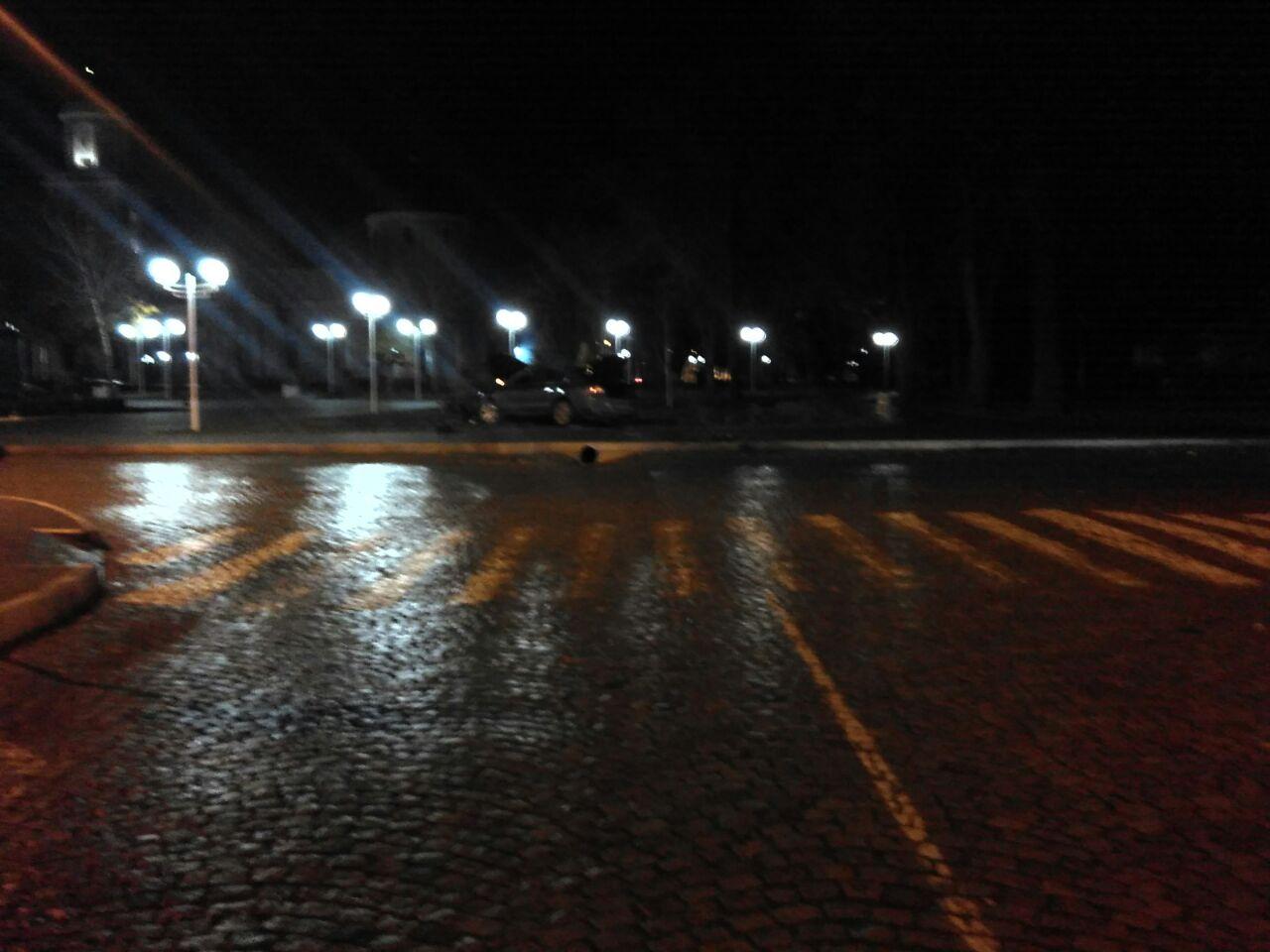 Ночью в Измаиле Skoda едва не въехала в памятник Суворову