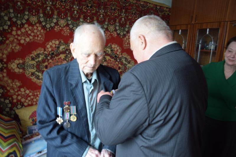 DSC_0007-1 Ветеран-пограничник из Измаила к 95-летнему юбилею получил знак отличия Президента Украины
