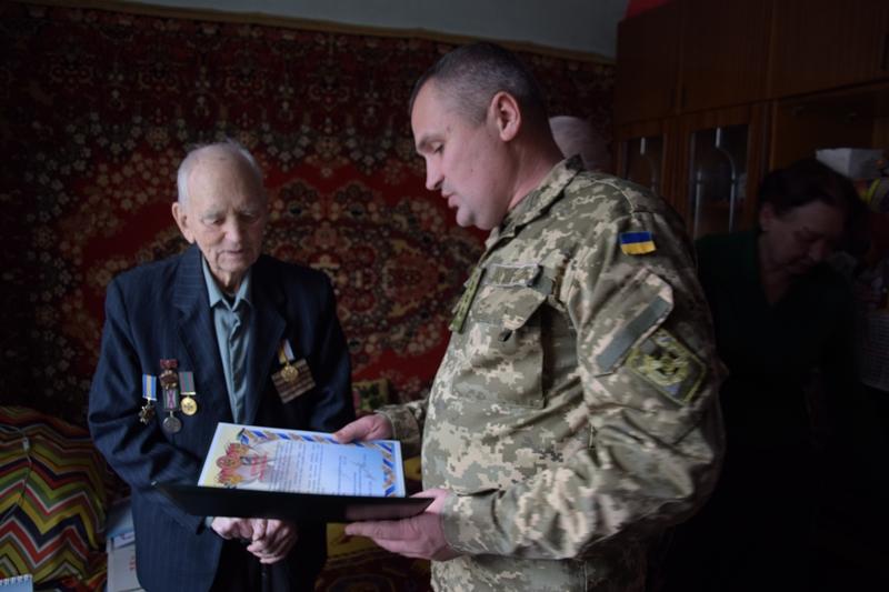 DSC_0010 Ветеран-пограничник из Измаила к 95-летнему юбилею получил знак отличия Президента Украины