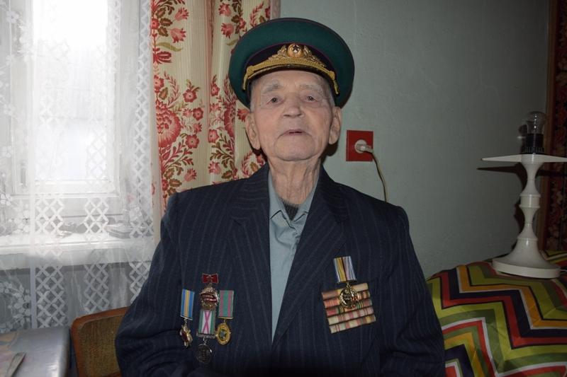 DSC_0016 Ветеран-пограничник из Измаила к 95-летнему юбилею получил знак отличия Президента Украины