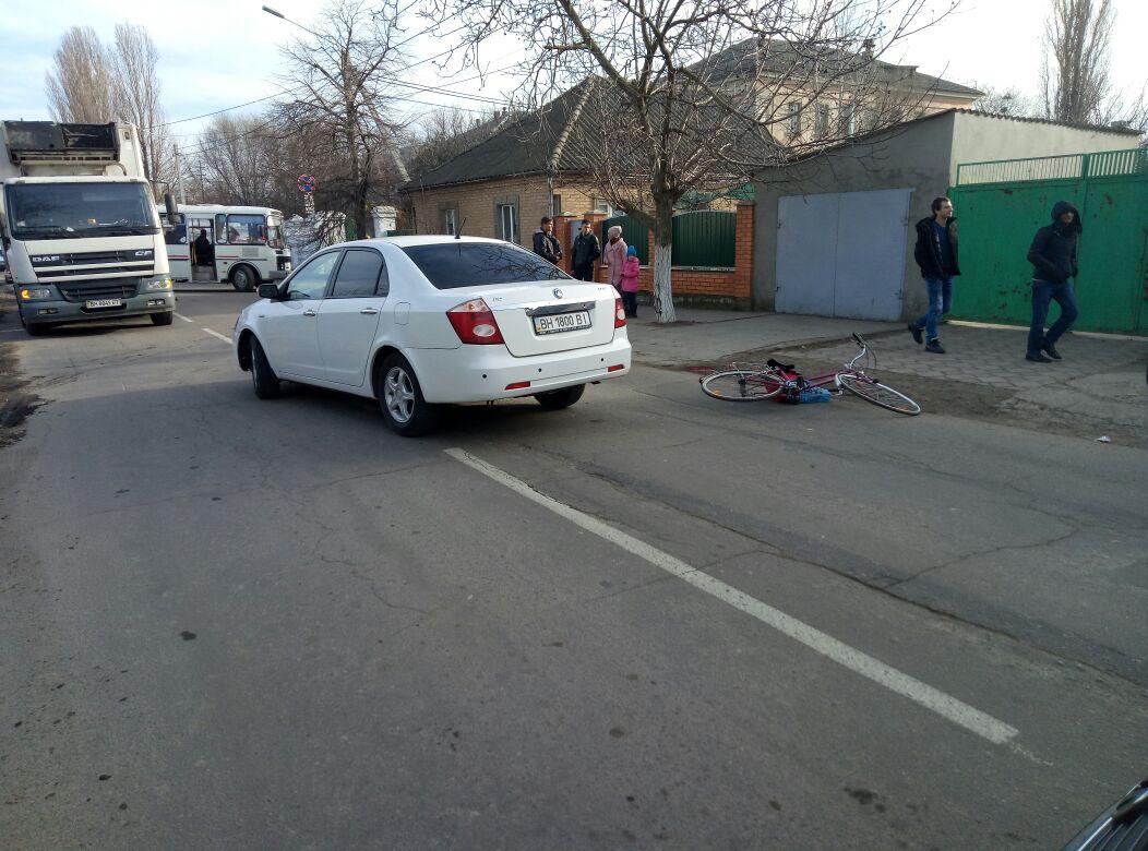 DTP-1 В Измаиле женщина-велосипедист в результате столкновения с автомобилем получила тяжелые травмы