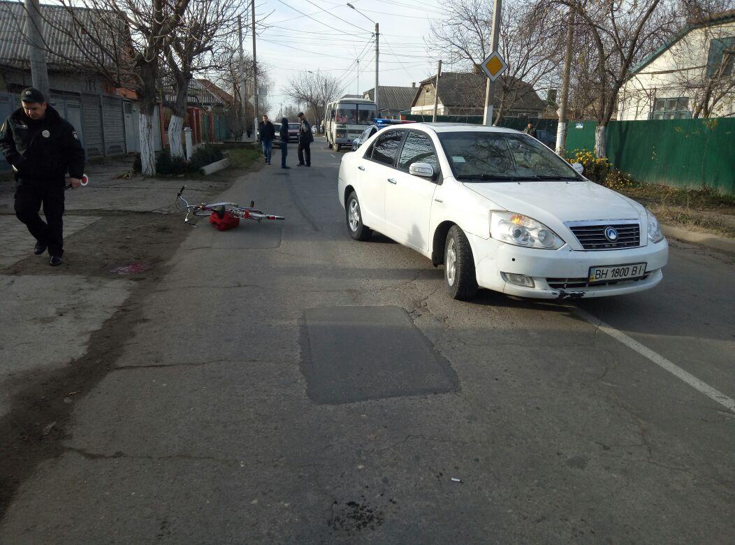 DTP-v-Izmaile-1 В Измаиле женщина-велосипедист в результате столкновения с автомобилем получила тяжелые травмы