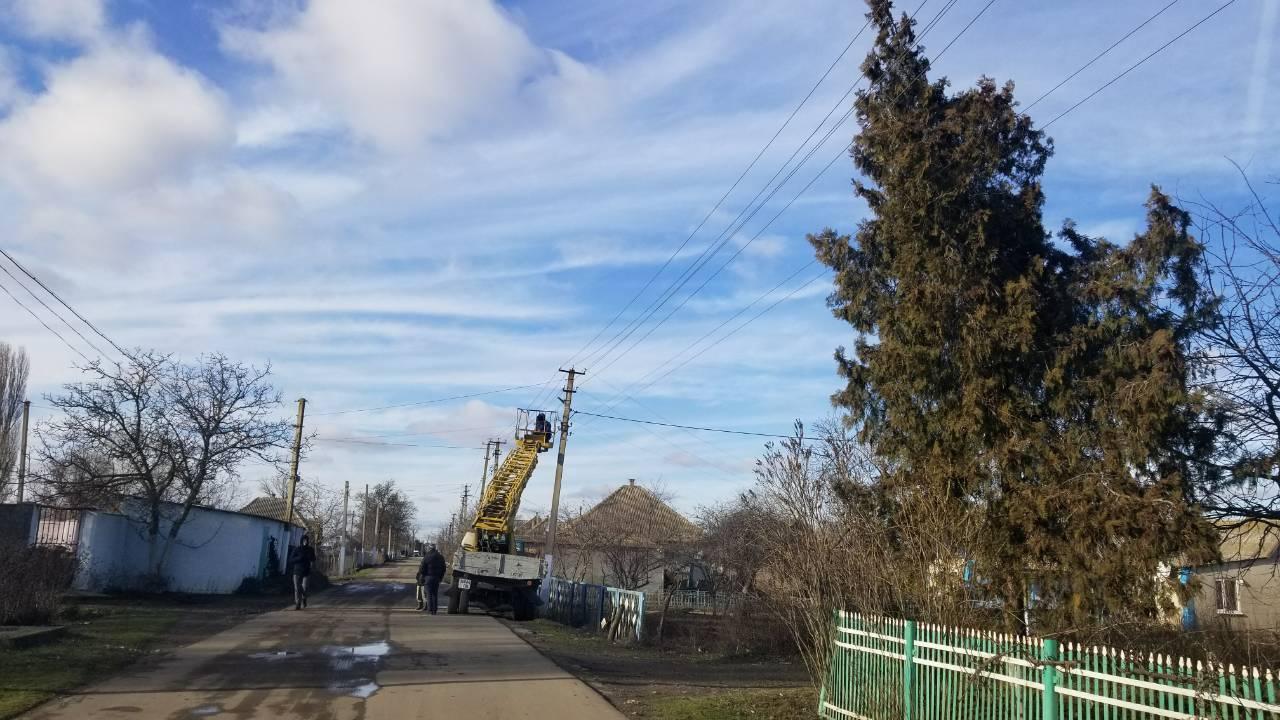 Село Килийского района получило качественное освещение главной улицы - помогло местное предприятие