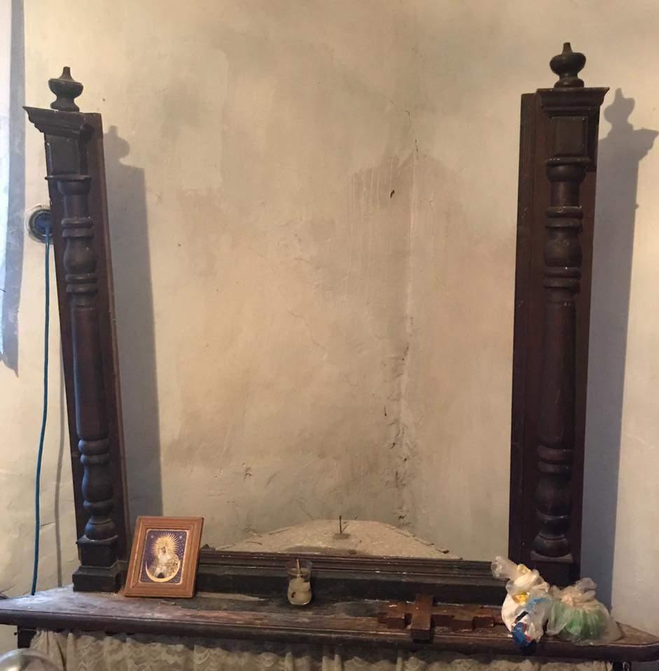 Неизвестные избили и обокрали пожилую измаильчанку - прихватили с собой старейшую икону (фото)