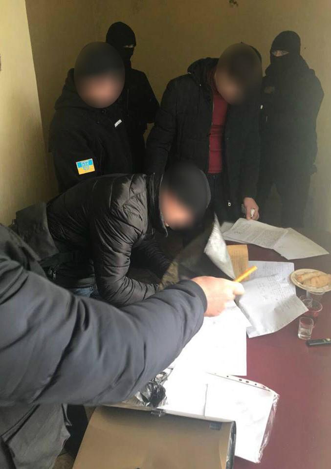 Сегодня при получении крупной взятки был задержан зам. начальника Арцизкого отдела полиции