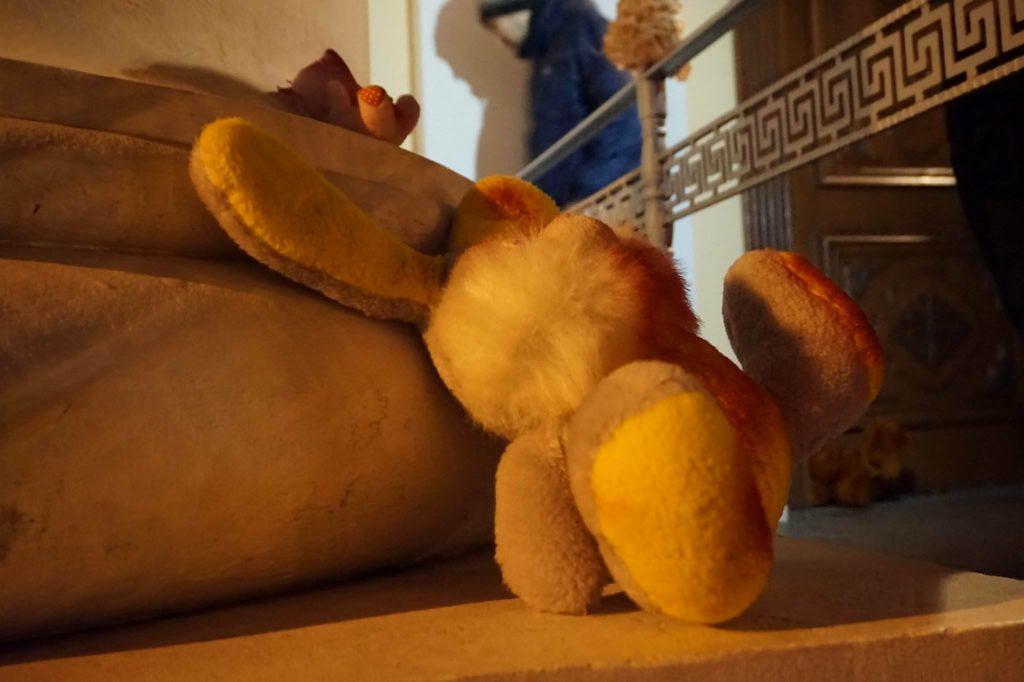 Одесские активисты присоединились к акции «Принеси куклу», направленной против УПЦ Московского патриархата