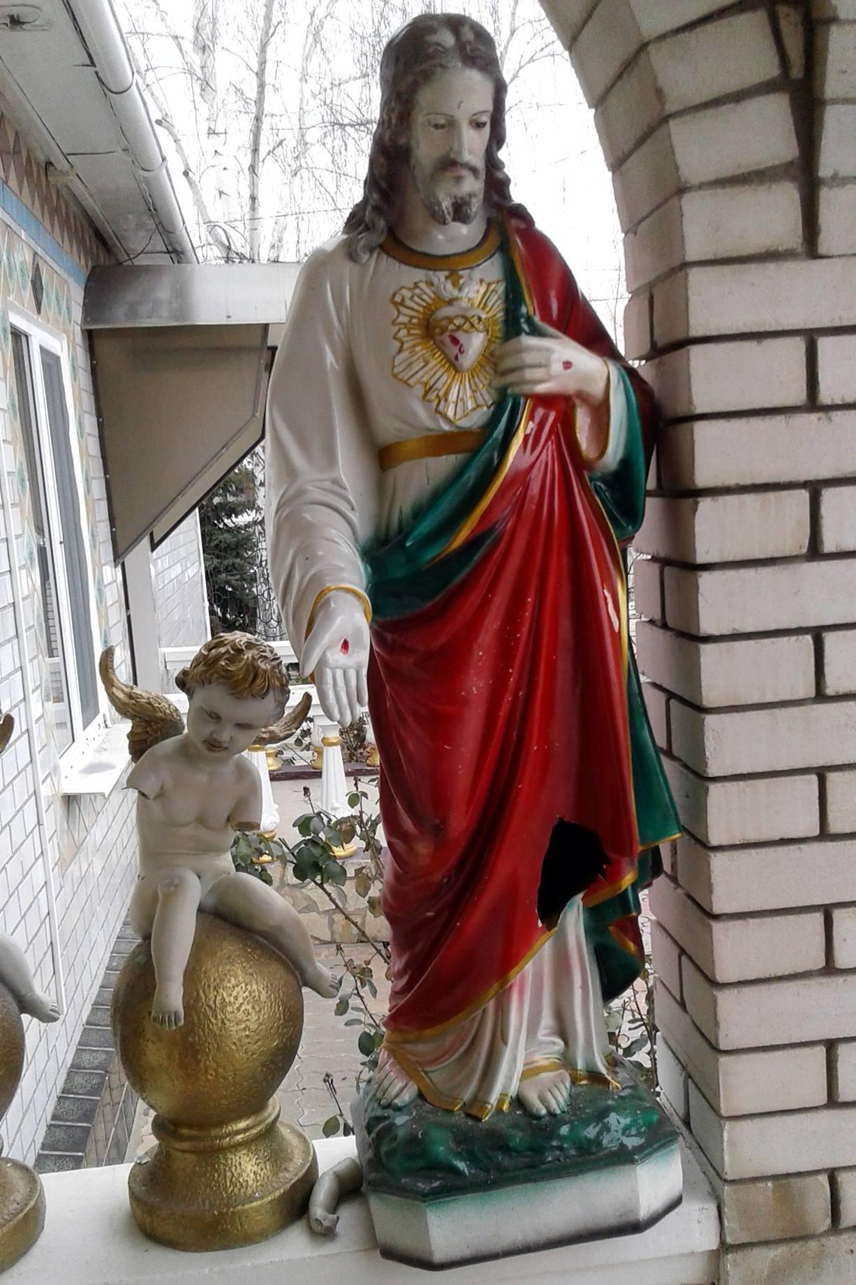 В Килии обсуждают появление в городе группы сатанистов