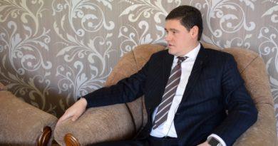 «Сумка с деньгами оказалась пустышкой» — интервью с депутатом Одесского облсовета Олегом Бабенко