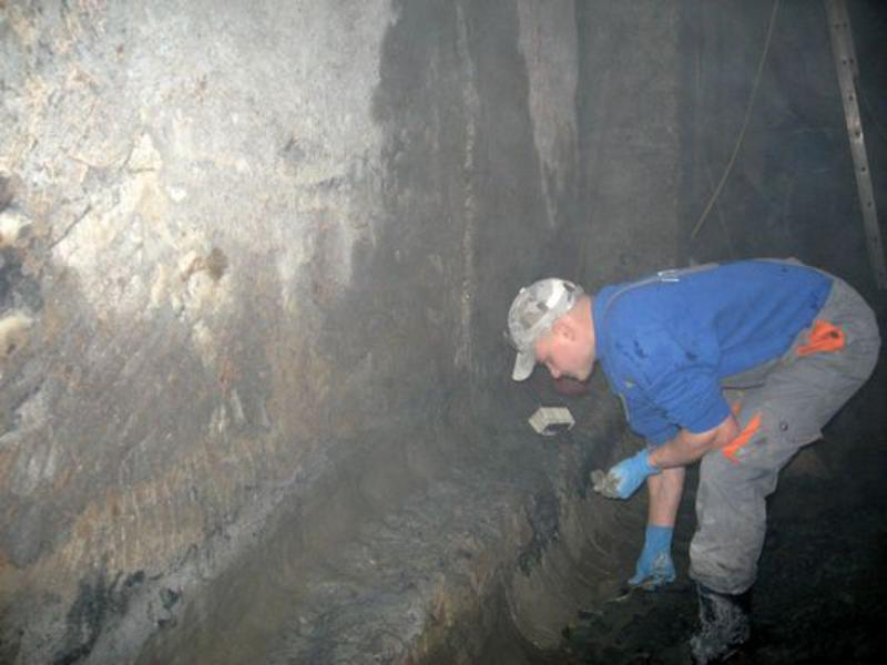 В Арцизе капитальным ремонтом резервуаров для питьевой воды занимаются специалисты из Киева и Черноморска