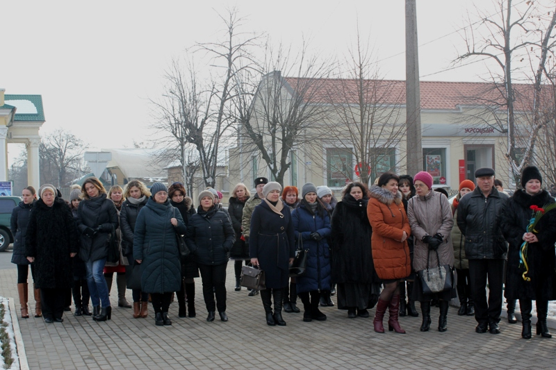 Скорбная дата: ко Дню памяти Героев Крут в Измаиле состоялась церемония возложения цветов