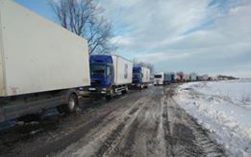 Информация для водителей: ситуация на некоторых автодорогах Одесской области остается сложной
