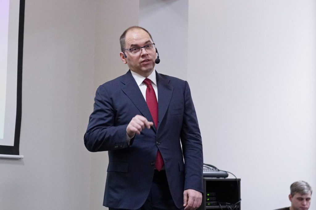 Максим Степанов подвел черту под работой обладминистрации за 2017 год и познакомил с планами на этот год