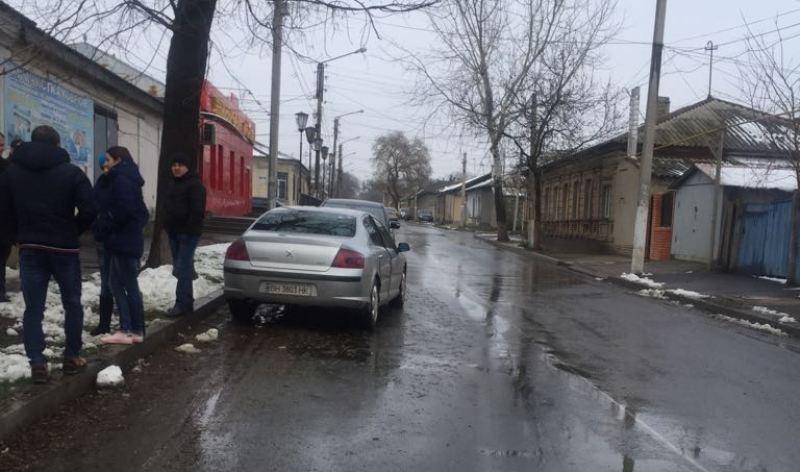 "В Измаиле ""КАМАЗ"" въехал в бок легковушке"