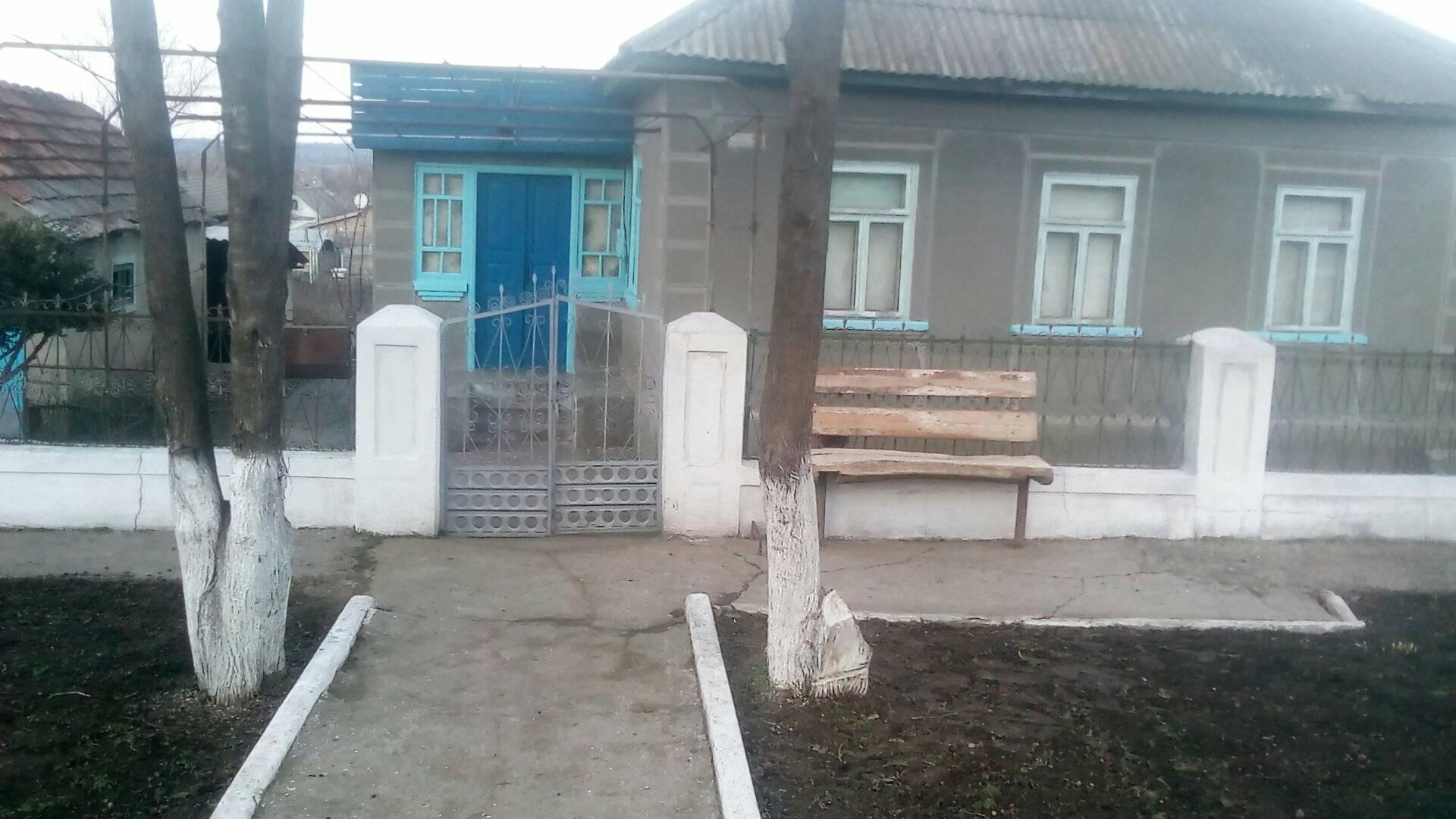 Многодетная семья переселенцев получила дом в Арцизском районе