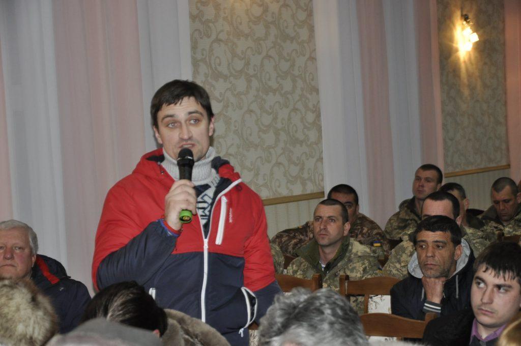 Жители Болграда на общественных слушаниях отказались переименовывать улицу именем погибшего в АТО земляка