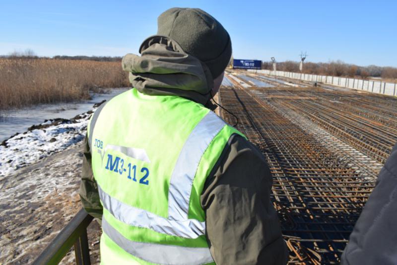 Глава облавтодора проинспектировал ход ремонтных работ на мосту возле Паланки на трассе Одесса-Рени