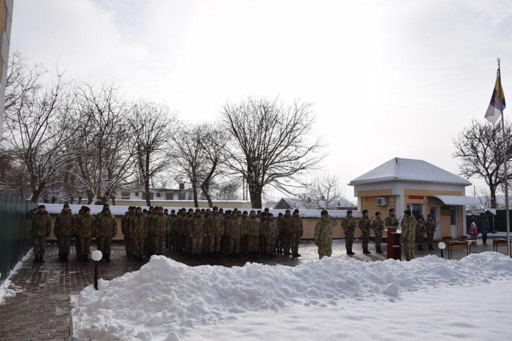 В Измаильском погранотряде очередное пополнение — зимним снежным утром приняли присягу семь новобранцев