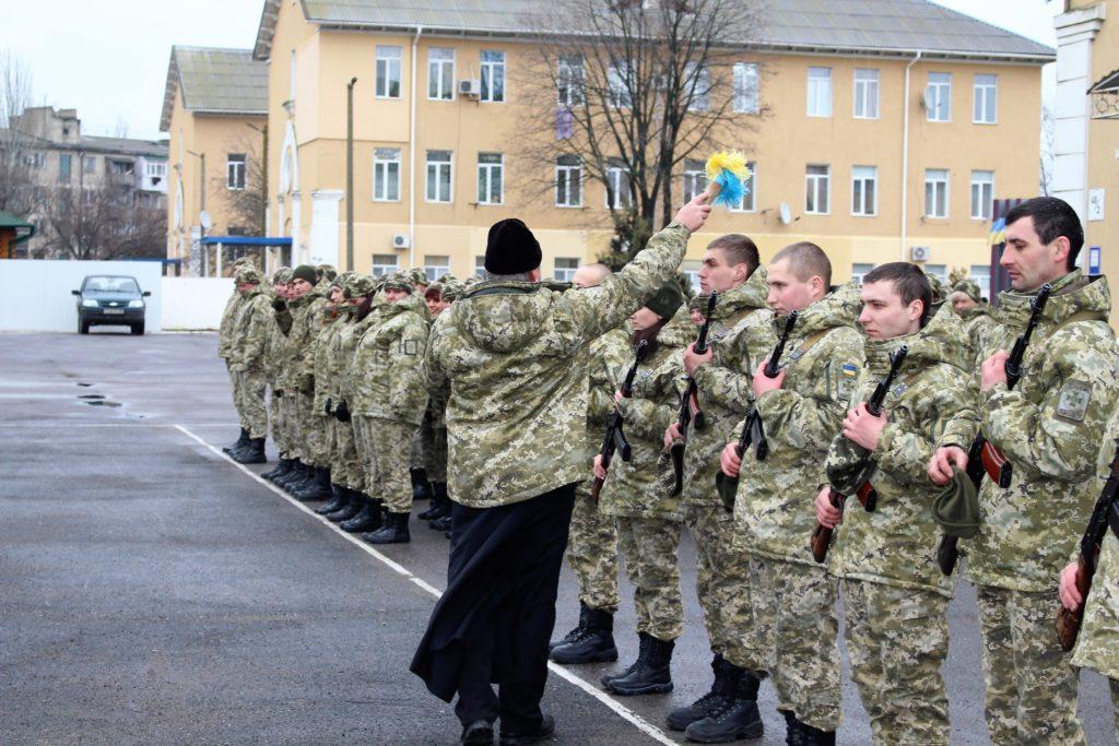 В ряды белгород-днестровских пограничников влились 9 новобранцев, из них 2 девушки