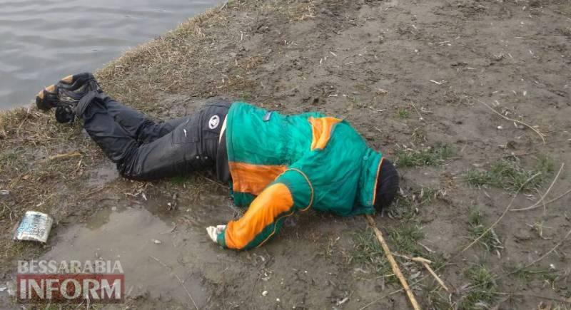 """В Измаильском районе на б/о """"Репида"""" обнаружены тела двух утопленников"""