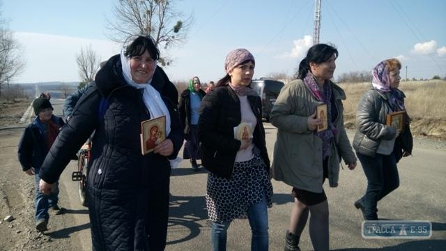 Во главе с иконой Божией Матери Гербовецкой православные жители Рени совершили большой Крестный ход