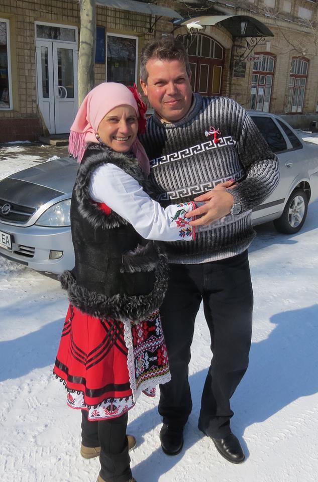 В Болграде встречали Бабу Марту и дарили мартенички