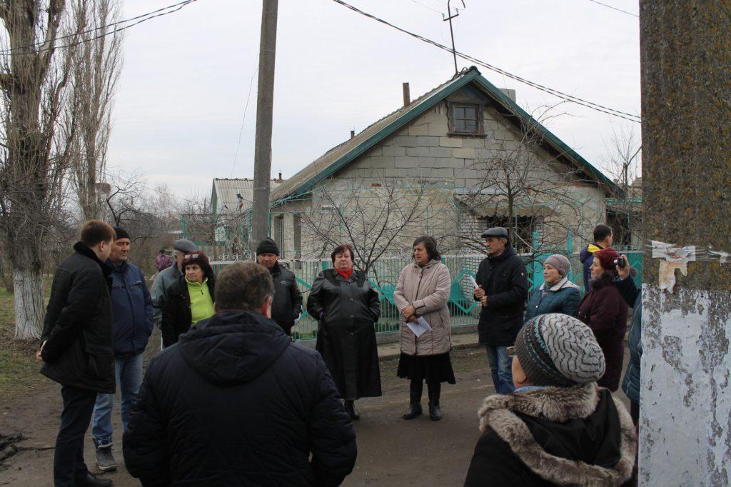 На сходке жителей одной из улиц Арциза власти пообещали ограничить проезд для большегрузов