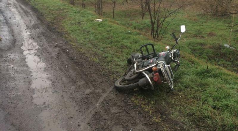 На трассе между Измаилом и Старой Некрасовкой автомобиль сбил мопедиста