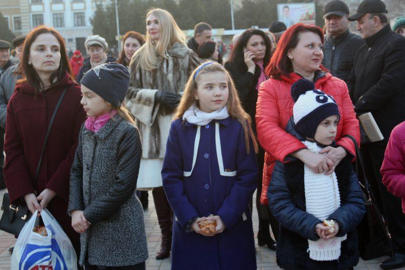 """""""Последнее"""" 8 марта в Измаиле отметили массовыми гуляньями на главной площади города"""