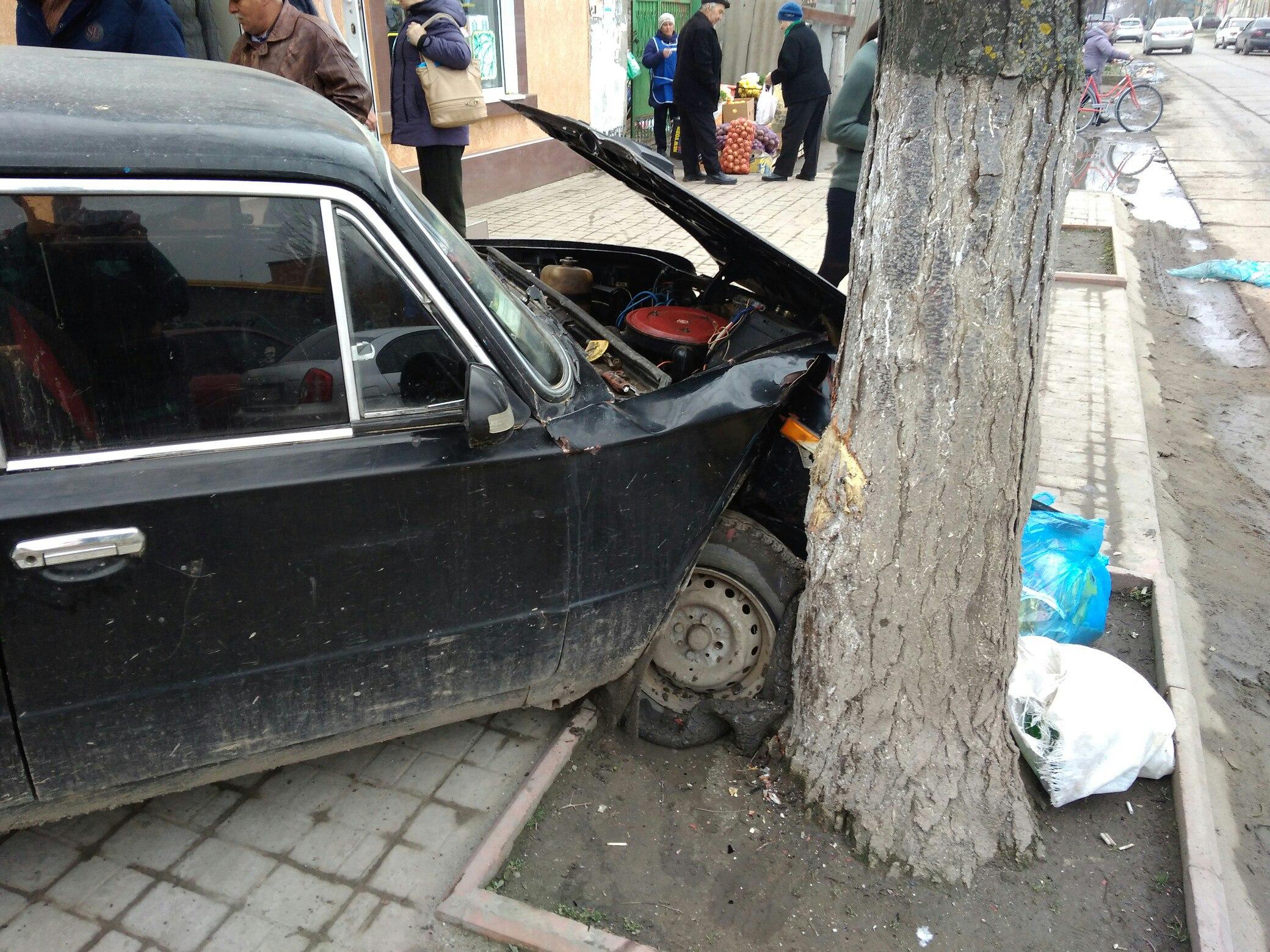 В сети появилось видео вчерашнего ДТП в Килии, которое едва не стало смертельным