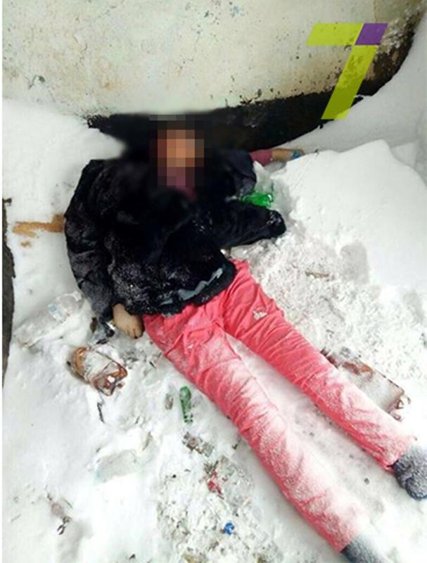 На автодороге Одесса-Кишинев нашли труп женщины: ее лицо обглодали животные
