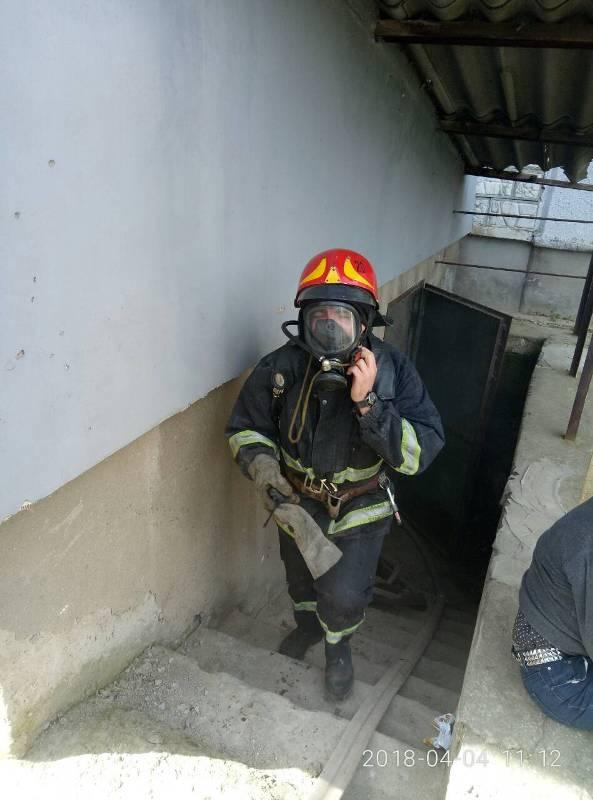 В Измаиле из-за пьяной бездомной загорелся подвал многоэтажки по Шевченко