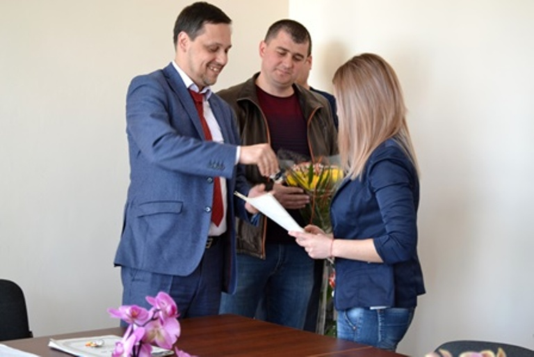 В Болграде две девушки, выросшие без родителей, получили квартиры