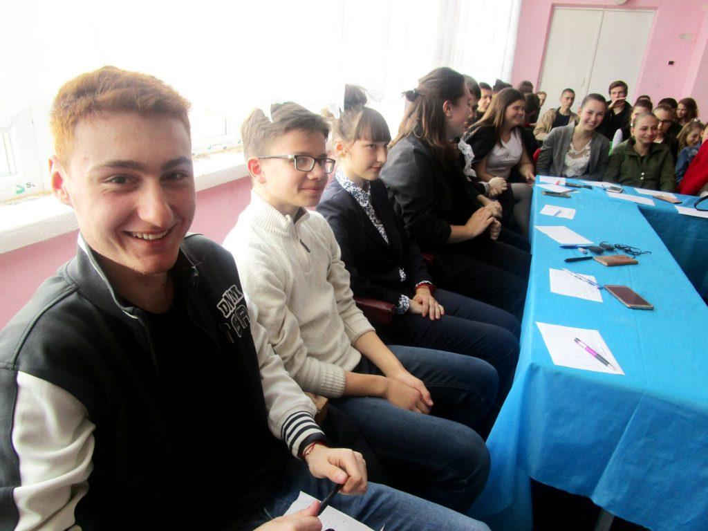 Школьники Белгород-Днестровского креативно и звонко заявили о выборе в пользу здорового образа жизни