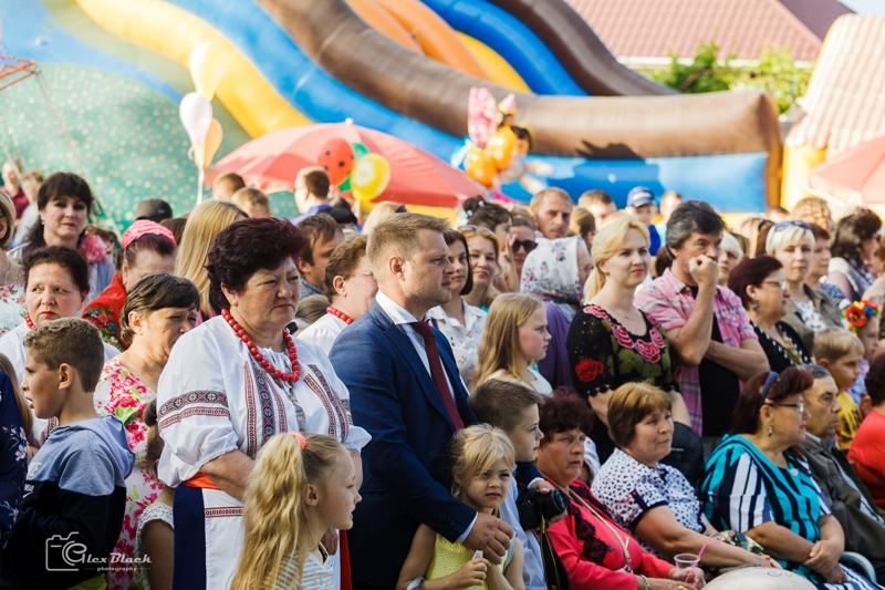 Кулинарная ярмарка, шествие байдарочников и концерт: Вилково отметило 272-й День рождения