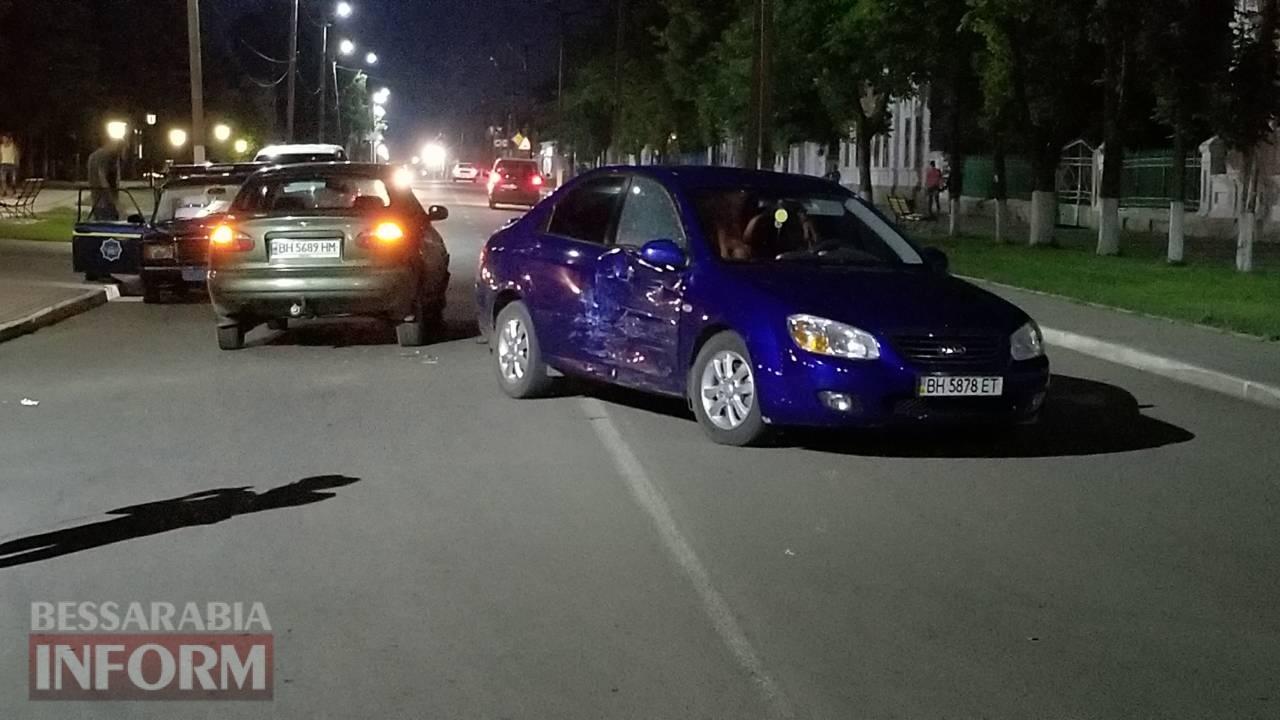 В Килии лихач на Daewoo не вписался в поворот и спровоцировал ДТП
