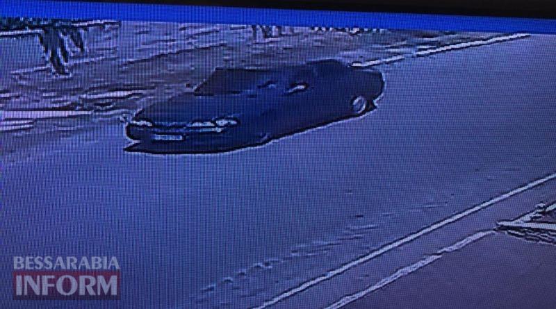 В Болградском районе двое неизвестных в масках расстреляли на поле трактор. Полиция бездействует