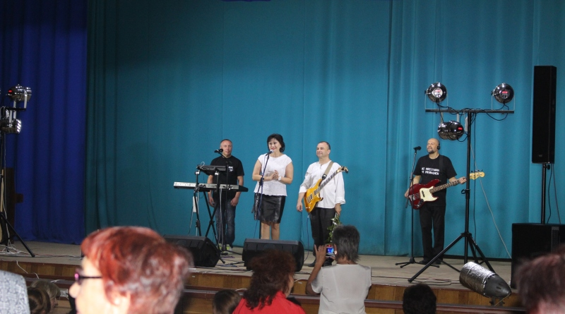 В Татарбунарах народному артисту Виктору Павлику пришлось выступать перед полупустым залом